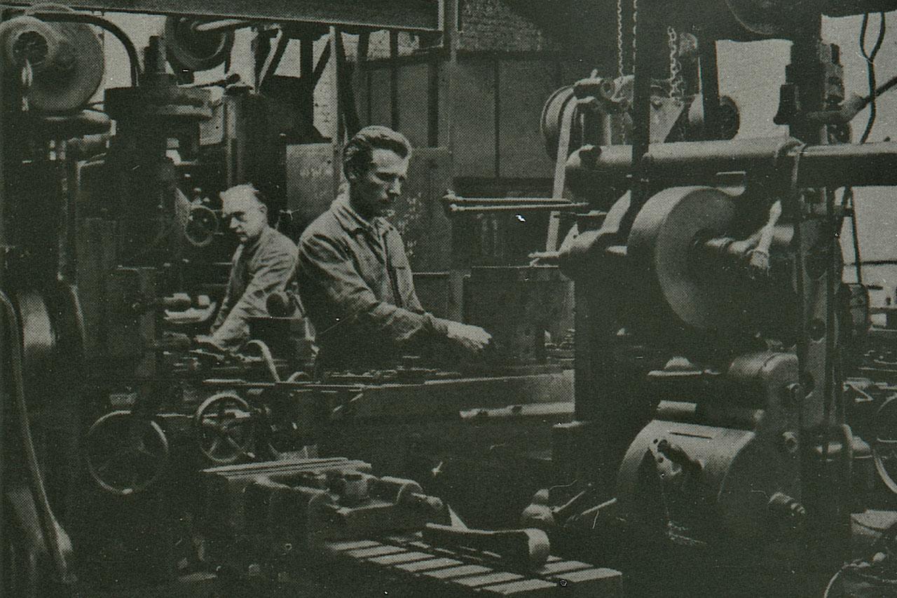 Travail mécanique de la tôle. Entreprise mécanique Victor Libeer, in : Catalogue des Usines Victor Libeer, s.d. © Archives de la Ville de Bruxelles, Fonds Fauconnier